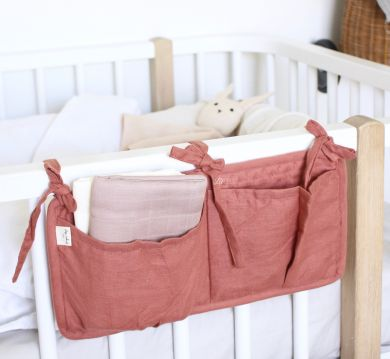 Quilted bed pockets, Cedar Wood