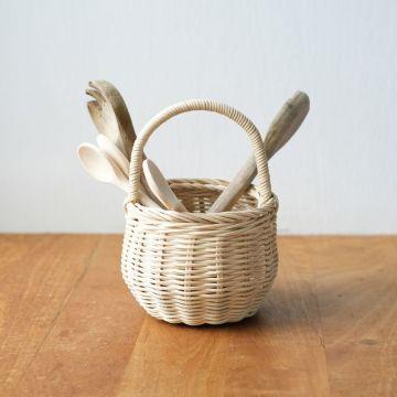 Berry basket, Straw